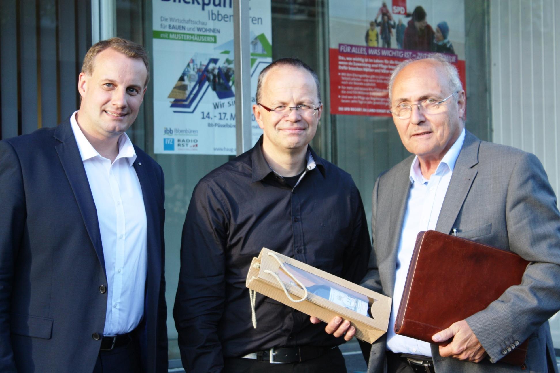 Tecklenburgs Bürgermeister Stefan Streit, Frank Sundermann und Ex-Bürgermeister Helmut Brüning