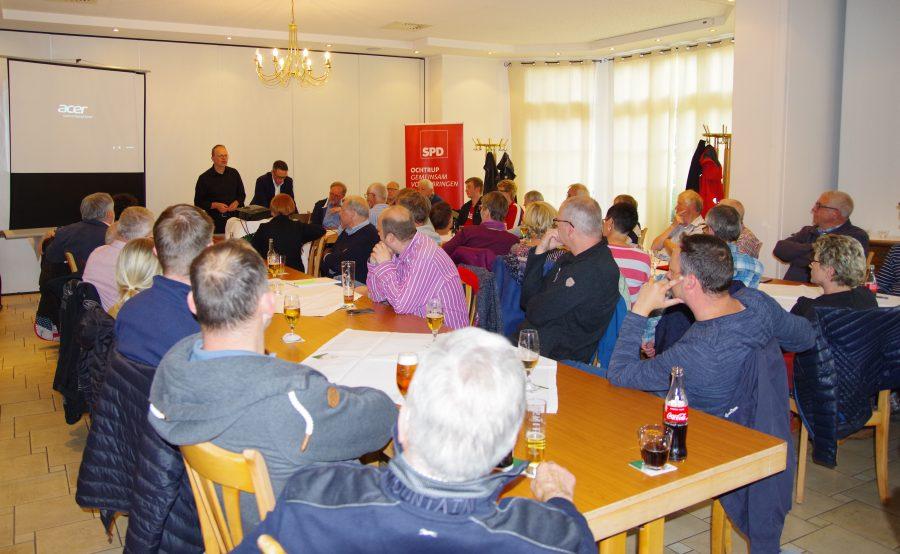 Rund 50 Zuhörerinnen und Zuhörer waren der Einladung der SPD-Fraktion Ochtrup in Althoff's Landgasthaus gefolgt.